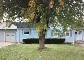 Pre Foreclosure in Joliet 60435 MARQUETTE RD - Property ID: 1548108150