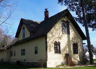 Pre Foreclosure in Stillman Valley 61084 S WALNUT ST - Property ID: 1548125688