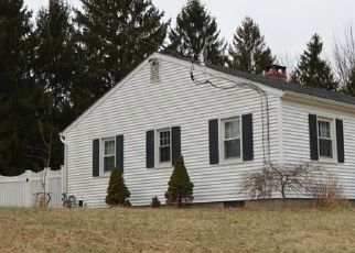 Pre Foreclosure in Pittstown 08867 HOGBACK RD - Property ID: 1548284222