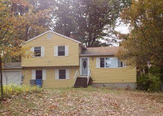 Pre Foreclosure in Bristol 06010 WINSTON CT - Property ID: 1548473431