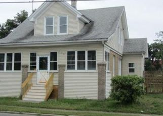 Pre Foreclosure in Chicopee 01020 MCKINSTRY AVE - Property ID: 1548502336