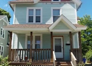 Pre Foreclosure in Chicopee 01020 HAWTHORN ST - Property ID: 1548516801