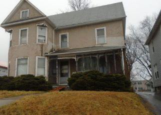 Pre Foreclosure in Middletown 06457 E MAIN ST - Property ID: 1549591582