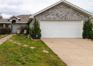 Pre Foreclosure in Red Oak 75154 GODWIN AVE - Property ID: 1549725153