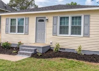 Pre Foreclosure in Chesapeake 23325 HAZEL AVE - Property ID: 1549878903