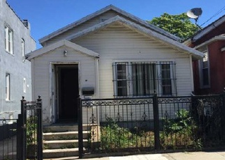 Pre Foreclosure in Bronx 10467 E 218TH ST - Property ID: 1550439495