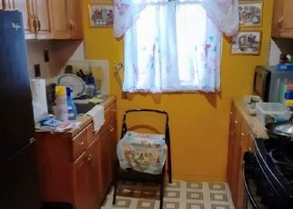 Pre Foreclosure in Bronx 10462 WOOD RD - Property ID: 1550455258