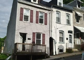 Pre Foreclosure in Reading 19606 S 17 1/2 ST - Property ID: 1550602422