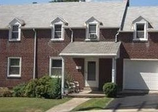 Pre Foreclosure in Reading 19606 FAIRVIEW AVE - Property ID: 1550611627