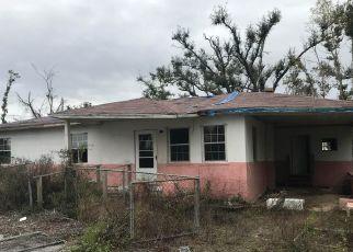 Pre Foreclosure in Panama City 32401 SAINT LUKE ST - Property ID: 1550818344