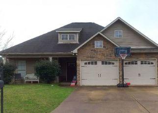 Pre Foreclosure in Calera 35040 STONECREEK WAY - Property ID: 1551231801