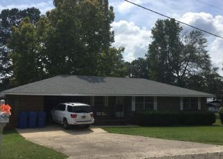 Pre Foreclosure in Tallassee 36078 8TH ST - Property ID: 1551239680