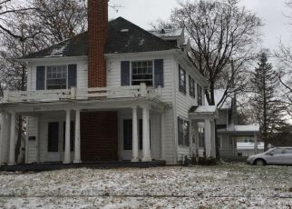 Pre Foreclosure in Rockford 61103 MELROSE ST - Property ID: 1551383779