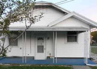 Pre Foreclosure in Dayton 45420 MORELAND AVE - Property ID: 1551464353
