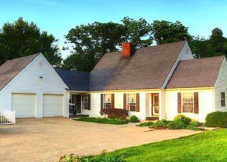 Pre Foreclosure in Utica 43080 MILLERSBURG RD - Property ID: 1551492385