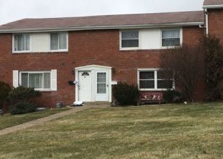 Pre Foreclosure in Pittsburgh 15236 MACASSAR DR - Property ID: 1551687280
