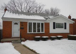 Pre Foreclosure in Redford 48239 CROSLEY - Property ID: 1551713566