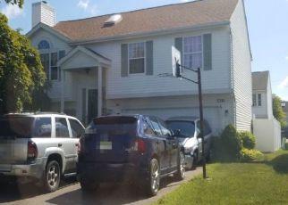 Pre Foreclosure in Westland 48186 W MILLER CIR - Property ID: 1551727135