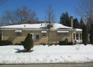 Pre Foreclosure in Dearborn Heights 48127 ROUGE RIVER DR - Property ID: 1551744215