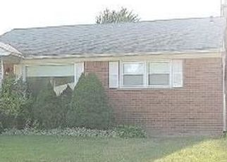Pre Foreclosure in Redford 48240 SUMNER - Property ID: 1551746409