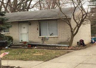 Pre Foreclosure in Redford 48239 GARFIELD - Property ID: 1551748604