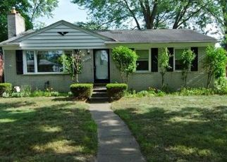 Pre Foreclosure in Livonia 48150 W CHICAGO ST - Property ID: 1551761294