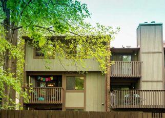 Pre Foreclosure in Reston 20191 GLENCOURSE LN - Property ID: 1552000888