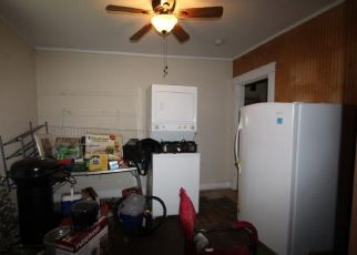 Pre Foreclosure in Richmond 23220 MEADE ST - Property ID: 1552007895