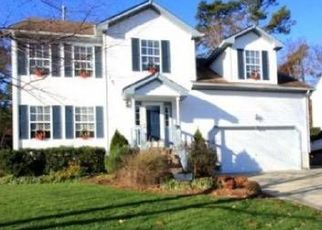 Pre Foreclosure in Newport News 23606 AMESBURY LN - Property ID: 1552034154