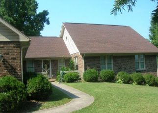 Pre Foreclosure in Danville 24540 PARKER RD - Property ID: 1552035473