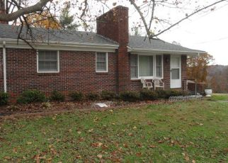Pre Foreclosure in Bassett 24055 ROBINHOOD RD - Property ID: 1552047744