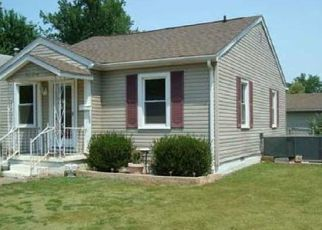 Pre Foreclosure in Evansville 47714 TAYLOR AVE - Property ID: 1552384993