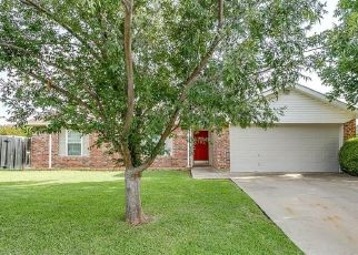 Pre Foreclosure in North Richland Hills 76182 HANGING CLIFF PL - Property ID: 1552528638