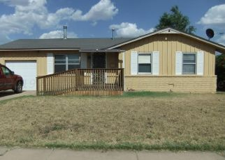 Pre Foreclosure in Pampa 79065 N FAULKNER ST - Property ID: 1552544398