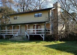 Pre Foreclosure in Onalaska 77360 CHARBRA - Property ID: 1552545722
