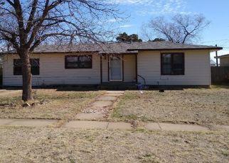 Pre Foreclosure in Plainview 79072 JUANITA ST - Property ID: 1552658717