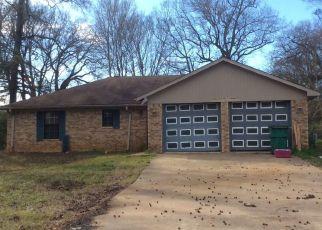 Pre Foreclosure in Longview 75605 N CERLIANO RD - Property ID: 1552661785
