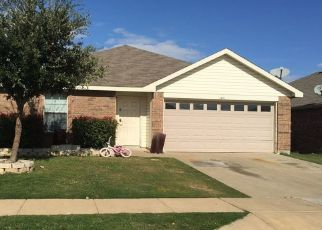 Pre Foreclosure in Fort Worth 76140 CASTLE RIDGE RD - Property ID: 1552728796