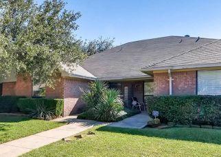 Pre Foreclosure in Addison 75001 MORMAN LN - Property ID: 1552800169