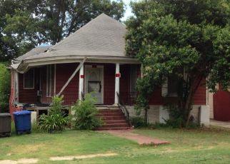 Pre Foreclosure in San Antonio 78210 DELMAR ST - Property ID: 1552847480