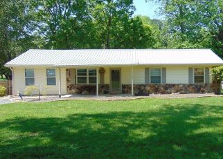 Pre Foreclosure in Kingston 37763 LAWNVILLE RD - Property ID: 1552893468