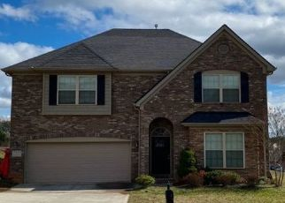 Pre Foreclosure in Knoxville 37931 CEDAR BRANCH RD - Property ID: 1552933765