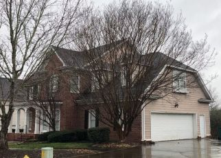 Pre Foreclosure in Chattanooga 37421 NORFOLK GREEN CIR - Property ID: 1552934190