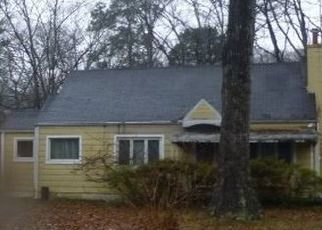 Pre Foreclosure in Knoxville 37918 FULTON DR - Property ID: 1552935511