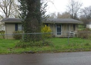 Pre Foreclosure in Knoxville 37920 SYLVANIA AVE - Property ID: 1552954792