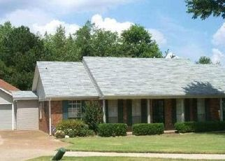 Pre Foreclosure in Memphis 38141 LAIRD DR - Property ID: 1552961349