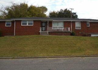 Pre Foreclosure in Nashville 37209 GENEVA CIR - Property ID: 1552971874