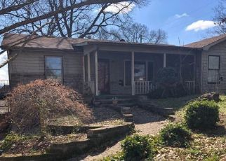 Pre Foreclosure in Knoxville 37922 BLUEGRASS RD - Property ID: 1553047186