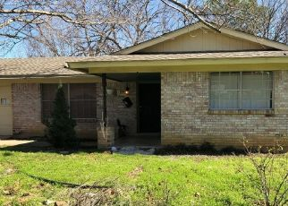 Pre Foreclosure in Fort Worth 76112 MIMS ST - Property ID: 1553059459