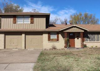 Pre Foreclosure in Haltom City 76117 IRA ST - Property ID: 1553060331